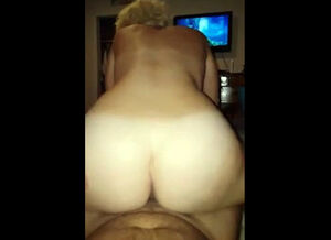 Granny huge booty